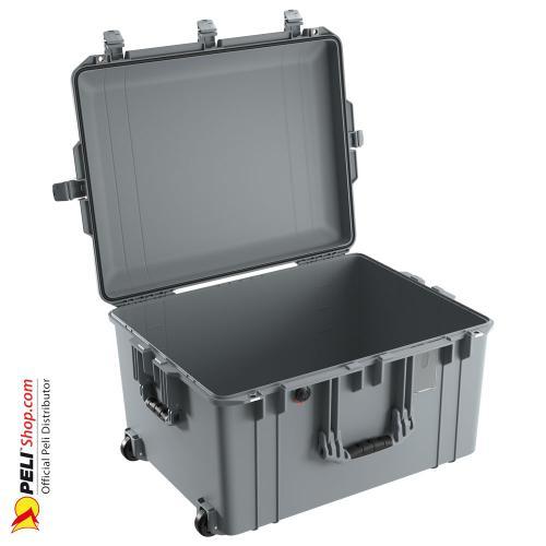 peli-1637-air-case-silver-2