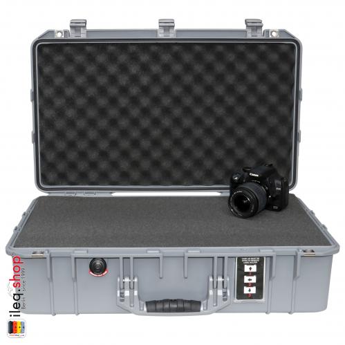 peli-1555-air-case-silver-1-3