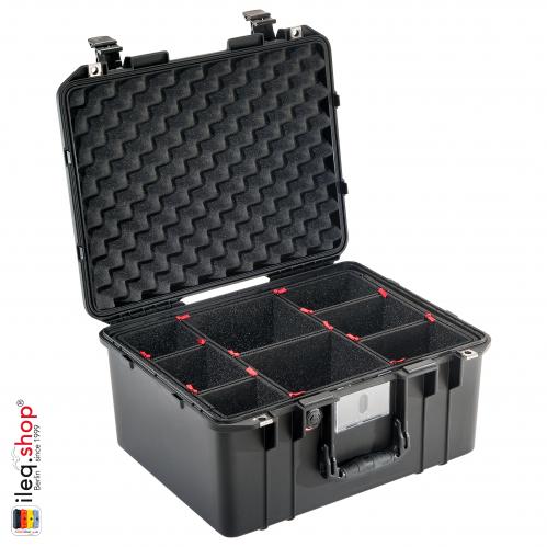 peli-1557-air-case-black-with-trekpack-divider-1-3