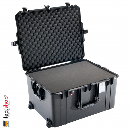 1637 AIR Case, PNP Latches, With Foam, Black